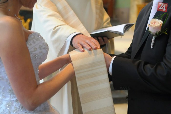 Dating tips for Catholics; Dos and Don'ts in